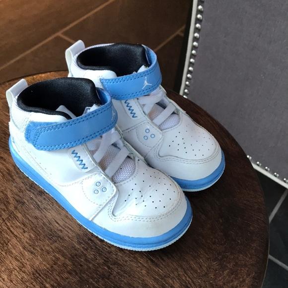 wholesale dealer 151d8 39d4b Kids Nike Air Jordan High-Tops